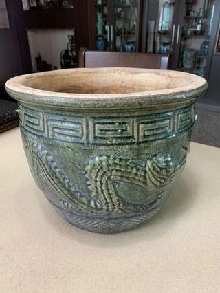 Old flower pot