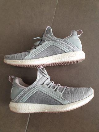 PUMA Mega Nrgy Heather Knit Running Shoes