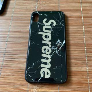 iPhone Xs Max Supreme