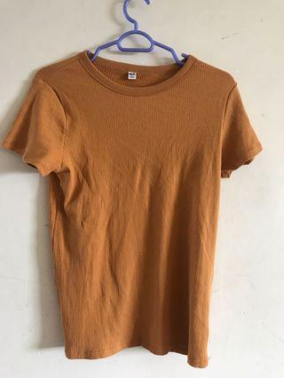 Uniqlo mustard knitted top
