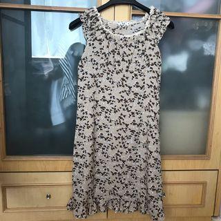 法式穿法 優雅小花紋 長身 年薪裙