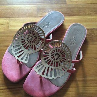 Selling individual. Size 38
