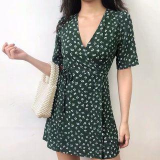 PREORDER Lucky wrap floral dress - dark green