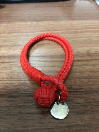 bottega veneta 紅色手繩