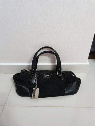 Bonia ladies leather handbag