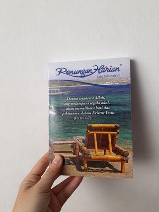 Buku Renungan Harian - Edisi Tahunan VII books