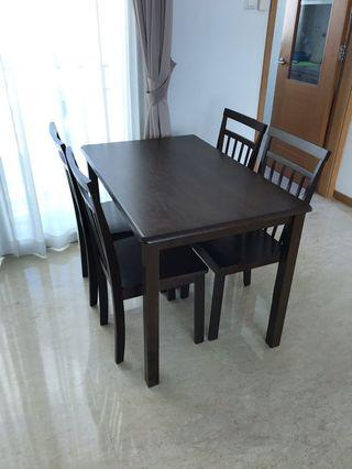 4 seater dining set NEW