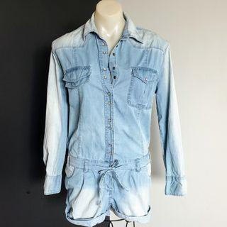 Women's size 36 = 6 aus 'SASS & BIDE' Gorgeous washed denim long sleeved playsuit - AS NEW