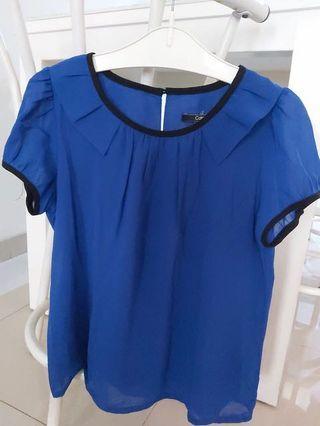 Blouse biru Cole