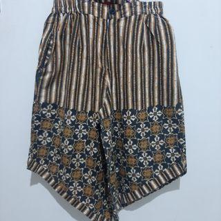 Celana Daun Batik HAP