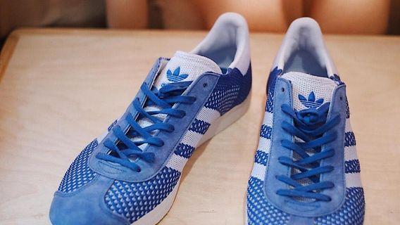 Sepatu adidas gazelle primeknit original