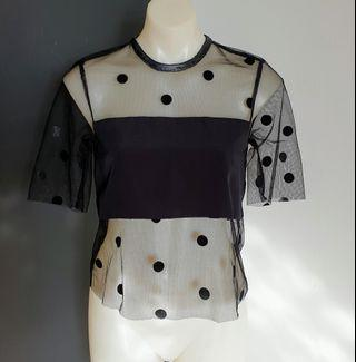 Women's size 6 'WITCHERY' Stunning black polka dot mesh cropped top - AS  NEW