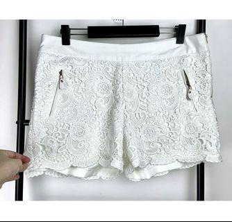 White ivory shorts M/L floral textured lace summer casual basic zip pockets