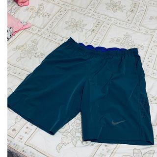 NIKE 短褲