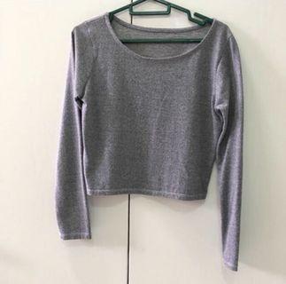 🚚 Grey Crop Top pullover