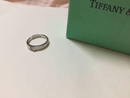 小愛心❤️鑽石💎戒子45元全新