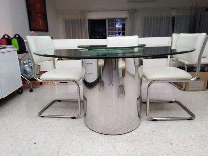 🚚 Glass Dining Table with leather chairs