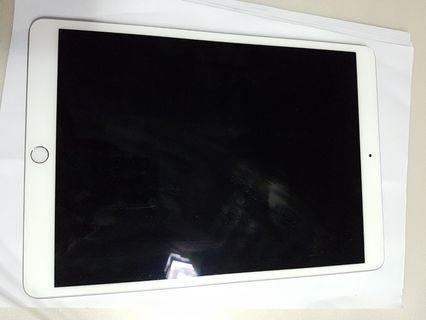 iPad air 3rd , WIFI, 64GB,still under warranty