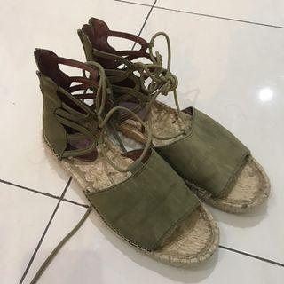 H&M Gladiator Sandals / Size39