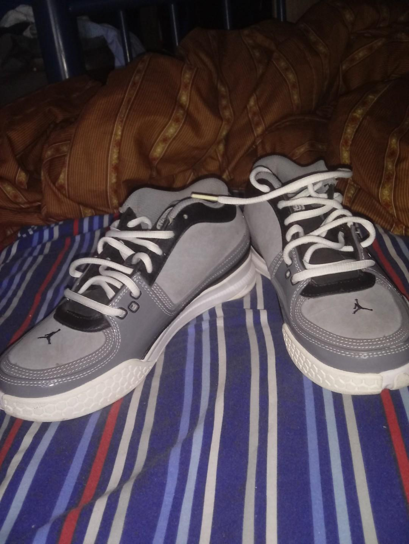 5.6 Youth Jordan Shoes