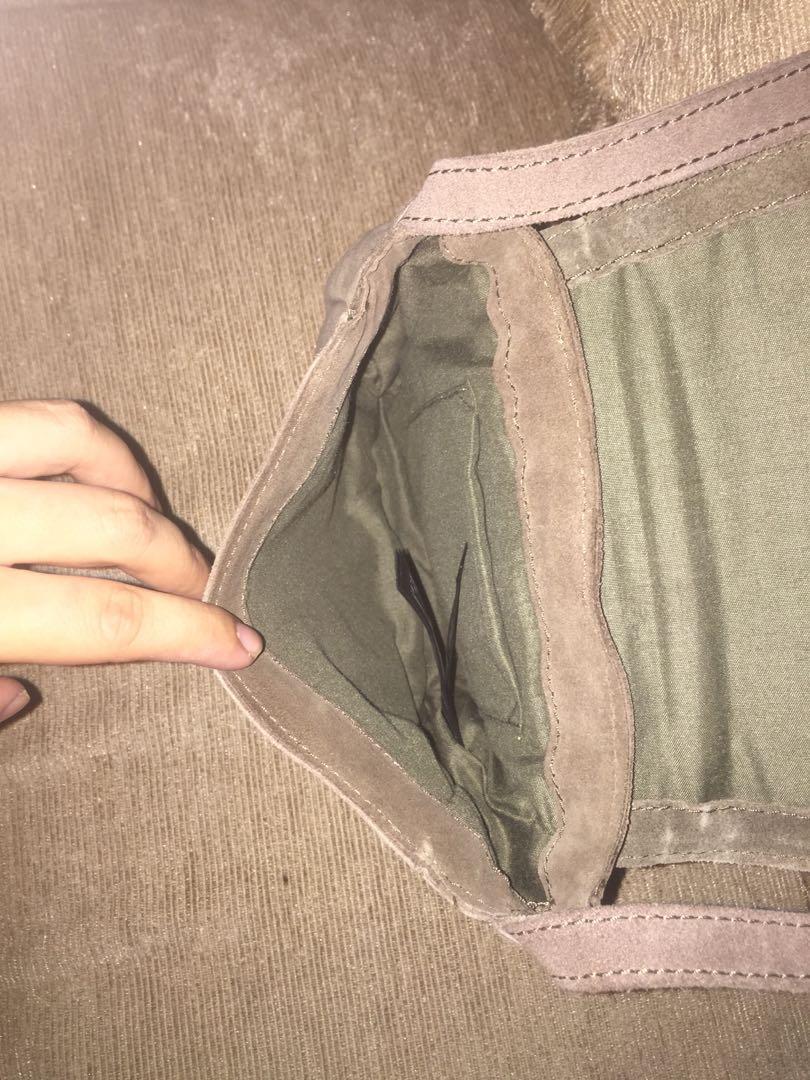 Accessorize Moroon Hobo Leather Bag Hippie Women Sling Bag Tas Wanita Original Authentic Asli Genuine Leather Kulit Preloved Bekas Second Seken Murah Sale Promo Discount Diskon