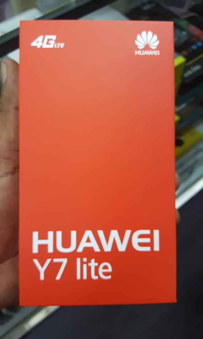 Huawei Y7 light