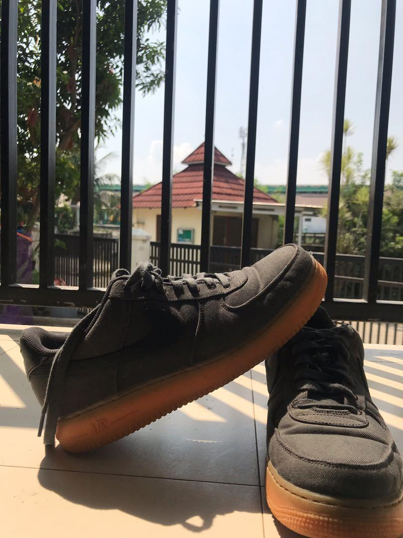 Nike Air Force 1 07' Low SE Black Gum Authentic