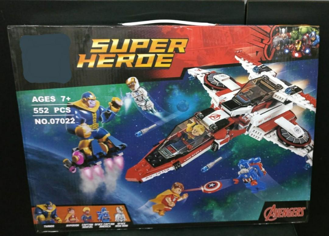 SuperHeroes Avengers Aircraft Avenjet Space Mission Assembly