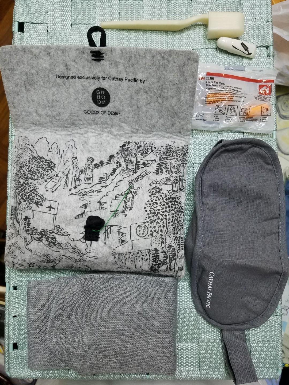 國泰旅行包x住好D CV travel Kit ( 眼罩、長襪、3M耳塞、牙刷、牙膏)
