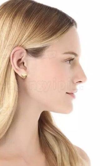Mmj heart earring signature