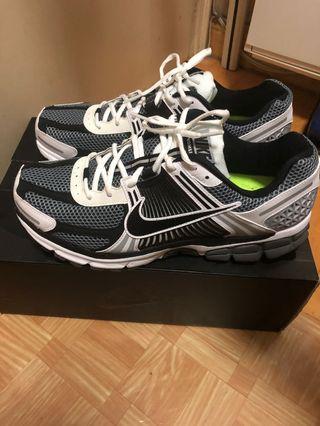 Nike Zoom Vomero 5 SE SP US11