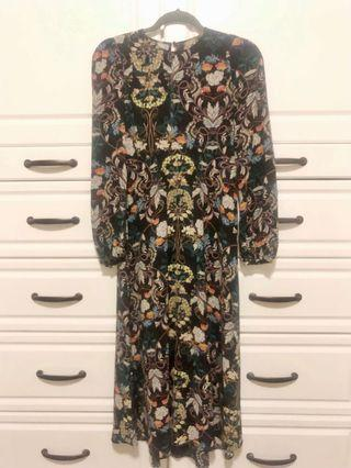 Black Zara midi dress with multi colour floral - Size XS - Excellent condition