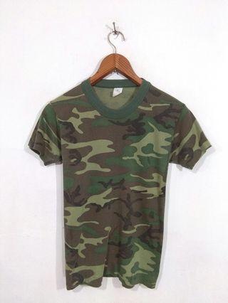 Vintage camo tshirt