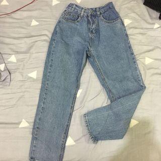 顯瘦牛仔褲9成新