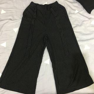 氣質直條黑寬褲