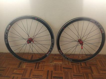 Wheelset road bike luce