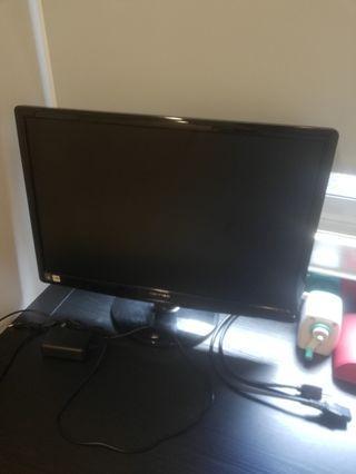 電腦液晶23吋螢幕