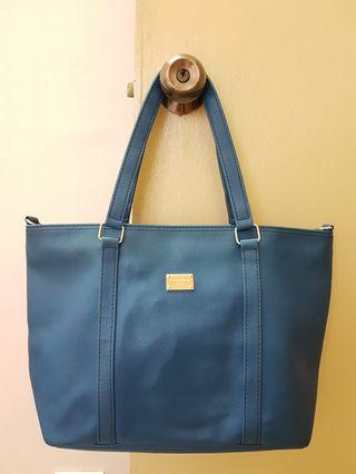 Shoulder Carry Handbag