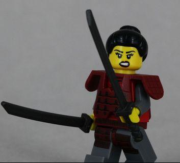 Lego 71008 Series 13 Minifigs Samurai  女武士 連底板 說明書 包裝袋 (全新開袋確認)