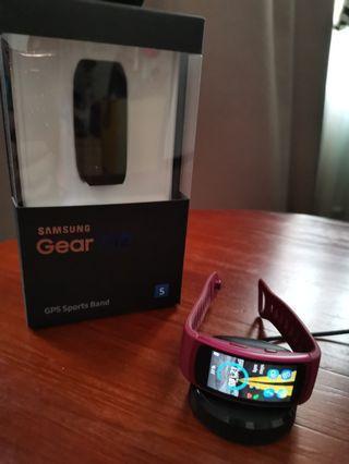 Samsung Gearfit 2 smart watch