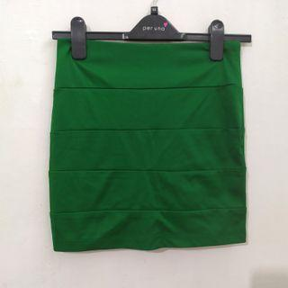 Blanik Mini skirt green (no barter titipan)