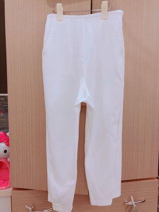 Free size 白色哈倫褲 穿淺色小褲不會透 很好穿搭