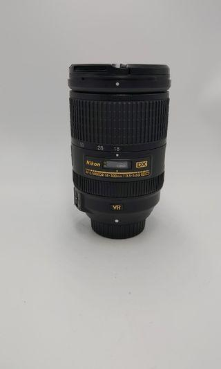 Nikon 18-300mm f3.5-5.6 vr  over90%new