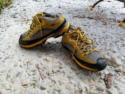 BFL outdoor shoes