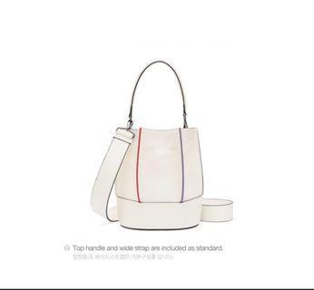 🇰🇷Loeuvre 韓國專櫃設計師品牌 肩背包 斜背包 側背包