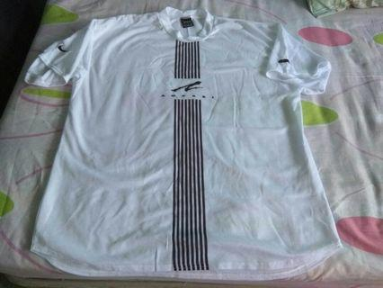 Authentic Nike Andre Agassi tennis shirt size xl