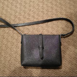Glassons shoulder bag