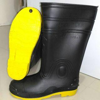 11fd00f7a25 steel toe rubber boots | Men's Fashion | Carousell Philippines