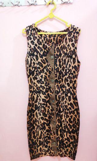 Dress motif macan