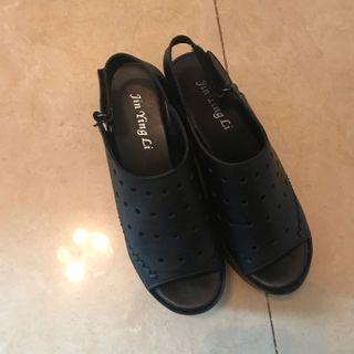 日本系列設計師 鬆高鞋 簡單易襯 顯長腿